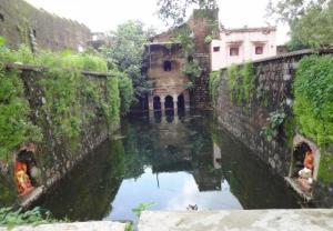 Baniyon Ki Bawdi near Ram Deora at Pratapgarh town. Source: GOI Monitor