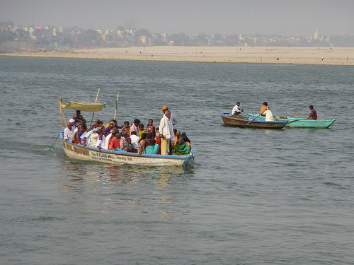 Motor-driven ferries like these are banned in the 7-km sanctuary stretch.