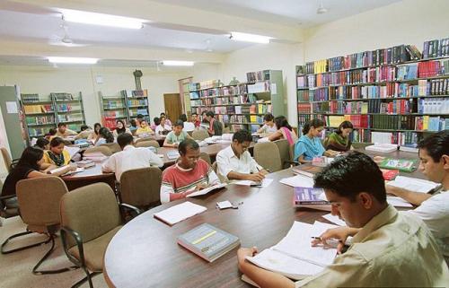 Govt Medical College, Haldwani. Image by Dr Deanndamon