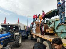 Farmers' protest crossing the border into Haryana.